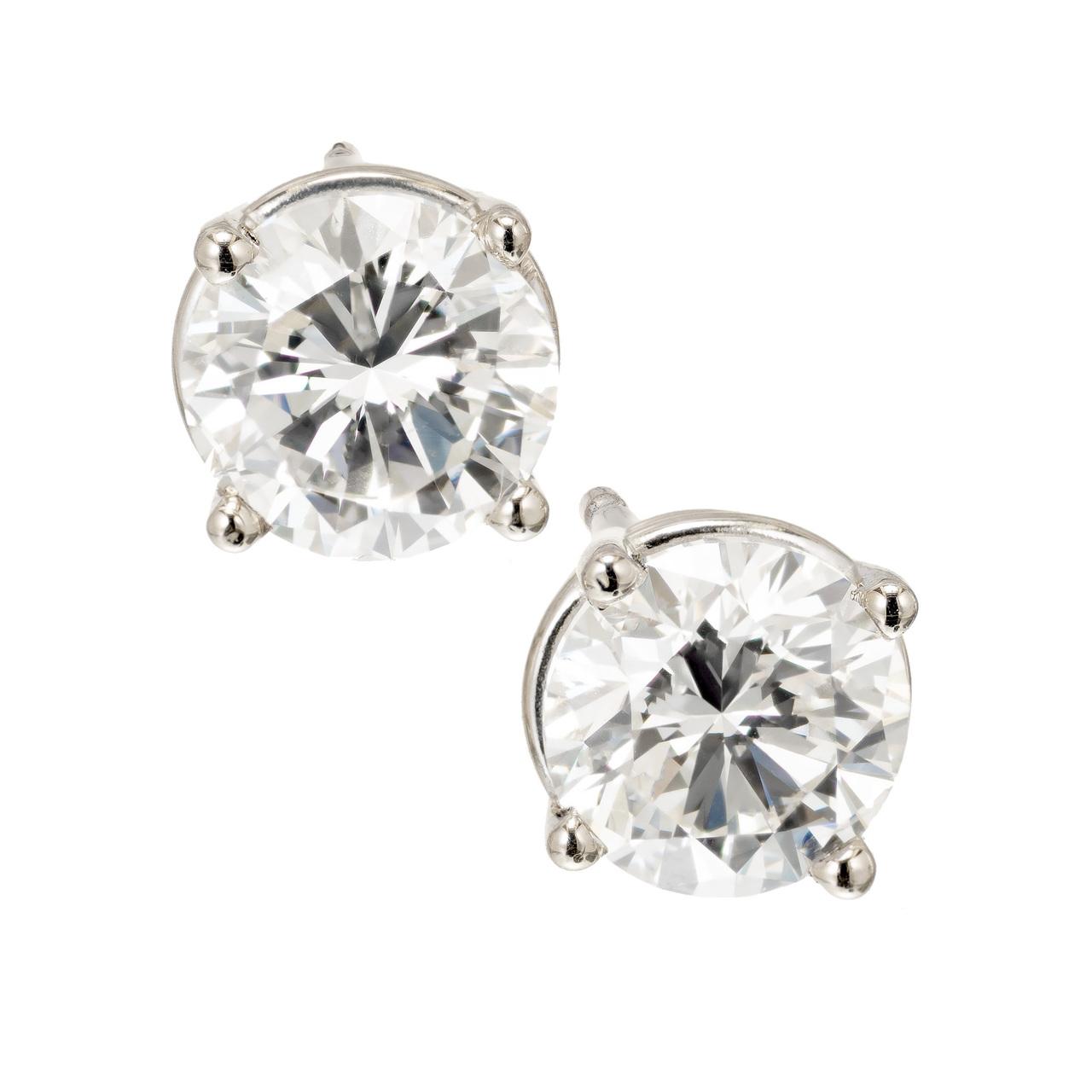 Classic Jewelry Styles