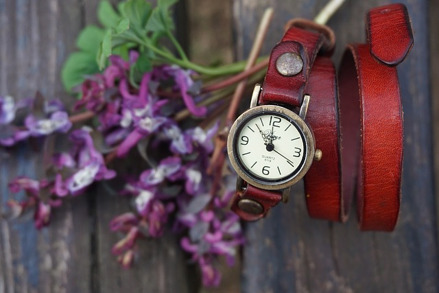 Holiday Vintage Watch Gifts