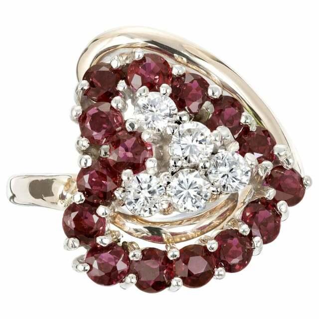 Gorgeous Garnet Birthstone Jewelry for January Birthdays