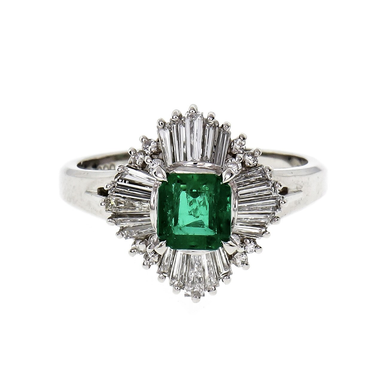 Why did Cleopatra Love Emerald Jewelry